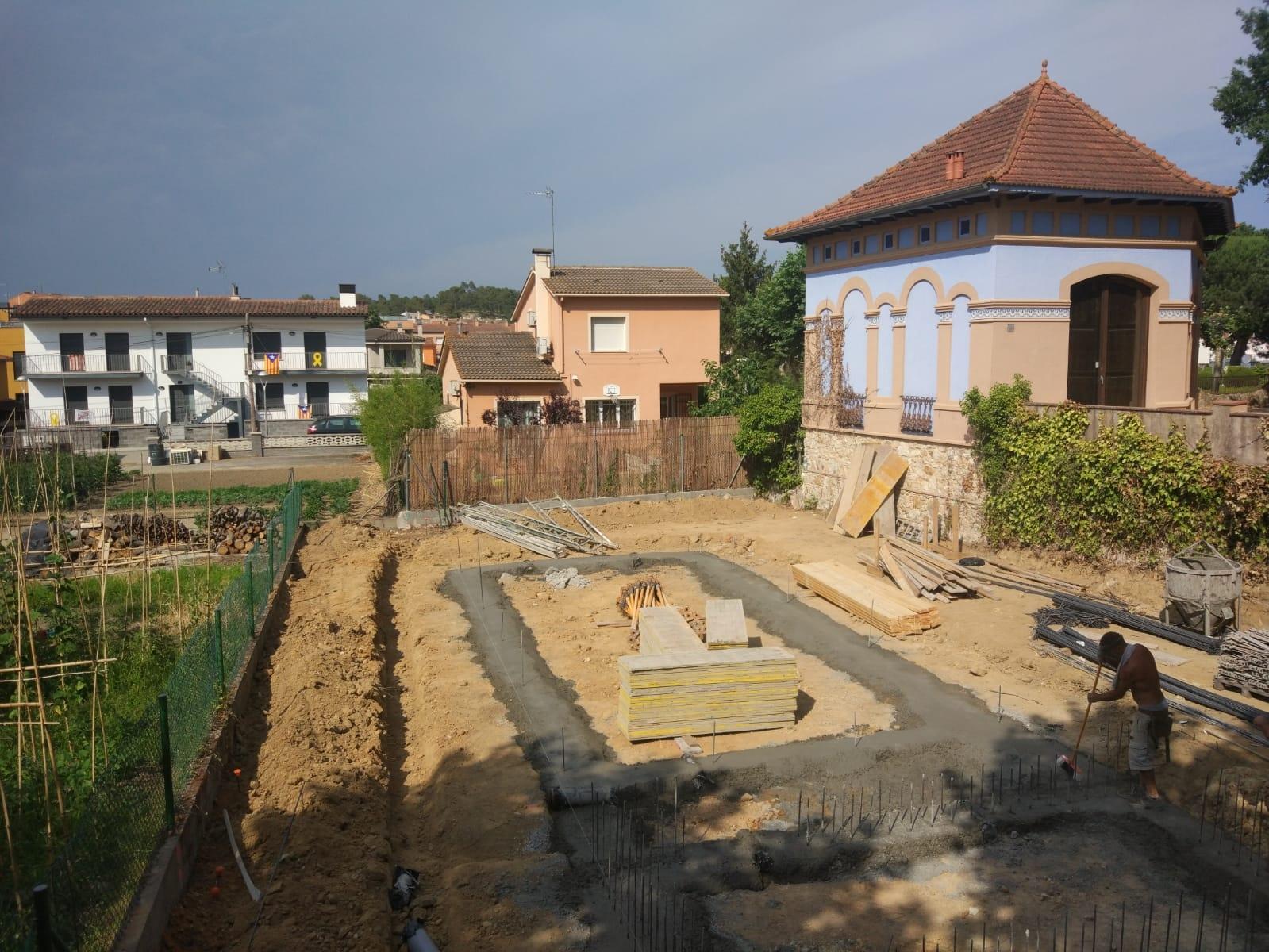 Inicio de las obras de la nueva casa Genial Houses® en Caldes de Malavella