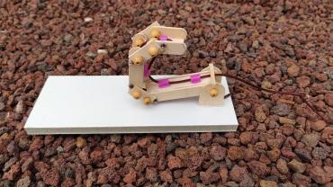Dedo hidráulico en miniatura