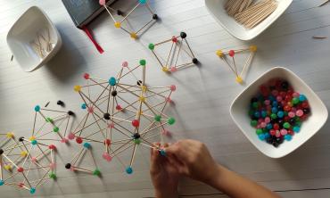 Es impresionante cuando un niño entiende una estructura tridimensional y es capaz de hacerla por sí mismo