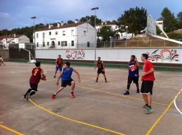 Activitats esportives: Bàsquet