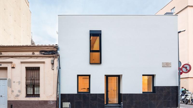 Reforma i ampliació d'una habitatge (Girona)